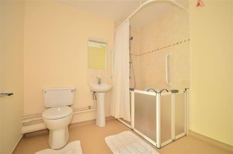1 Bedroom Apartment Flat for sale in Nutfield Place, Portsmouth, Hampshire