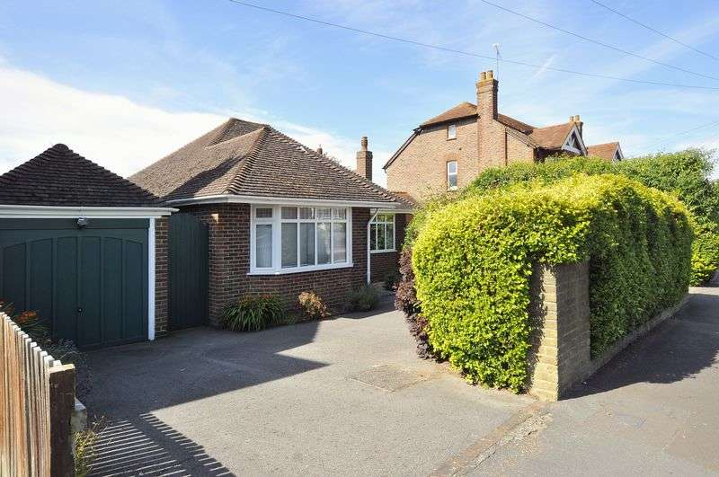 3 Bedrooms Bungalow for sale in Salvington Road, Worthing