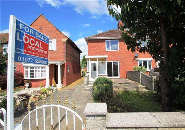 3 Bedrooms Terraced House for sale in Tom Wood Ash Lane, Upton