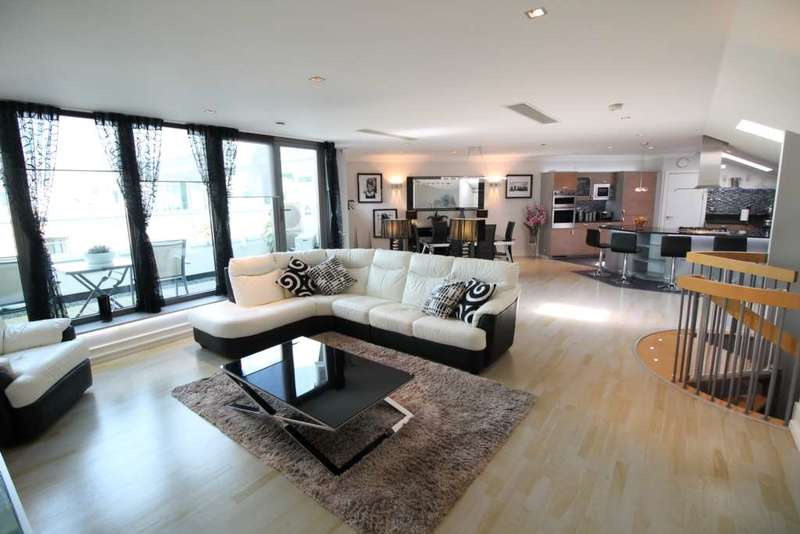 3 Bedrooms Penthouse Flat for sale in The Island, Tallow Road