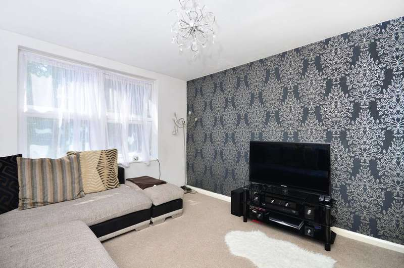 4 Bedrooms House for sale in Amhurst Road, Hackney, E8