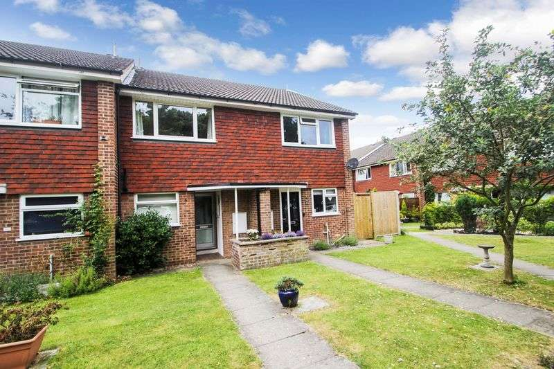 2 Bedrooms Terraced House for sale in Ashtead