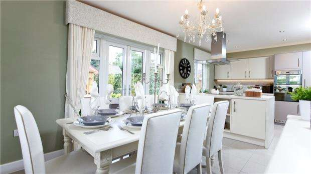 4 Bedrooms Detached House for sale in Bakers Place, Woodley, Berkshire
