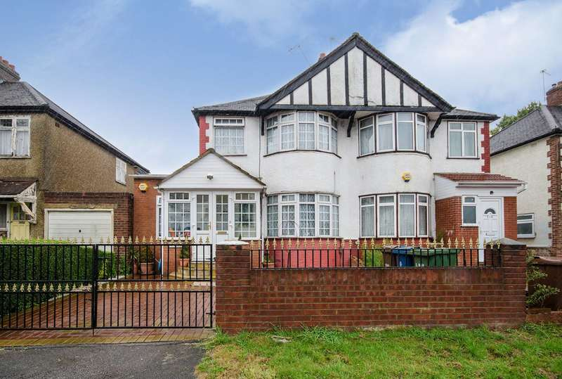 3 Bedrooms Semi Detached House for sale in Kenton Lane, Kenton, HA3
