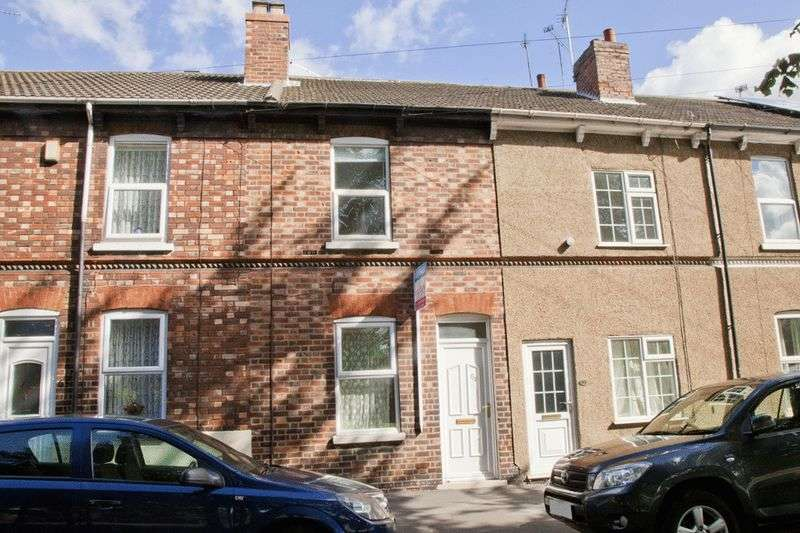 3 Bedrooms Terraced House for sale in Croft Street, Lincoln. LN2 5AZ