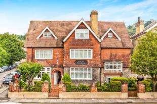 9 Bedrooms Detached House for sale in Maison Dieu Road, Dover, Kent, .