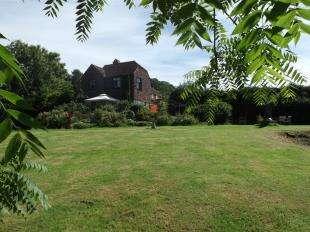 3 Bedrooms Semi Detached House for sale in Bishops Lane, Cranbrook, Kent