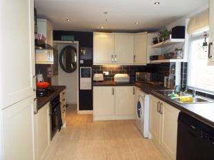 3 Bedrooms Terraced House for sale in Hereson Road, Ramsgate, Kent
