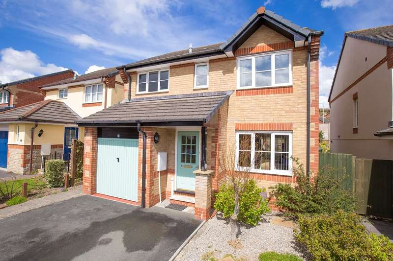 4 Bedrooms Detached House for sale in Sett Close, Bovey Tracey