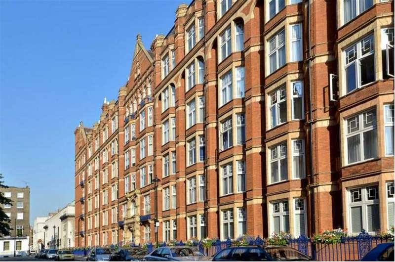 4 Bedrooms Flat for sale in Bickenhall Mansions, London