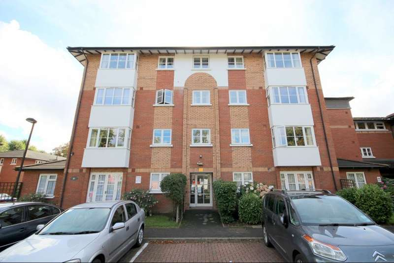 1 Bedroom Flat for sale in Beechwood Grove, East Acton, W3