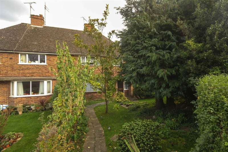 4 Bedrooms Semi Detached House for sale in BERKHAMSTED, Herts, HP4 3LD