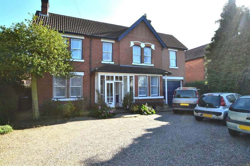 6 Bedrooms Detached House for sale in Tamworth Road, Sawley