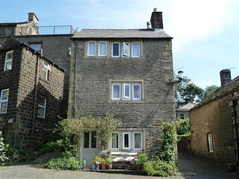 3 Bedrooms Property for sale in Church Fields, Dobcross, SADDLEWORTH, OL3