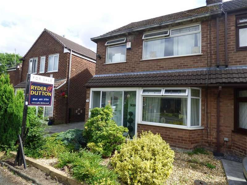 3 Bedrooms Property for sale in Rowan Close, FAILSWORTH, Manchester, M35