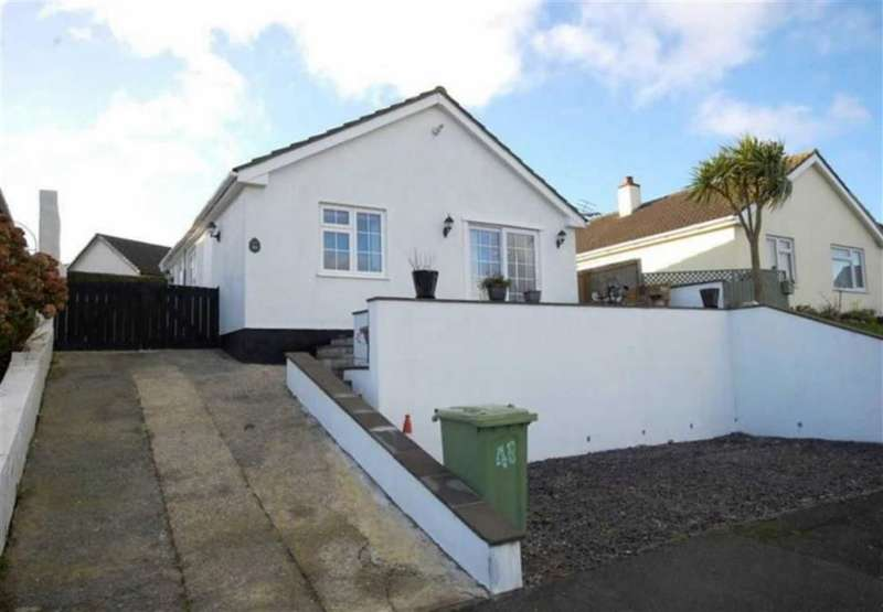 2 Bedrooms Property for sale in Hill Rise, Kilgetty