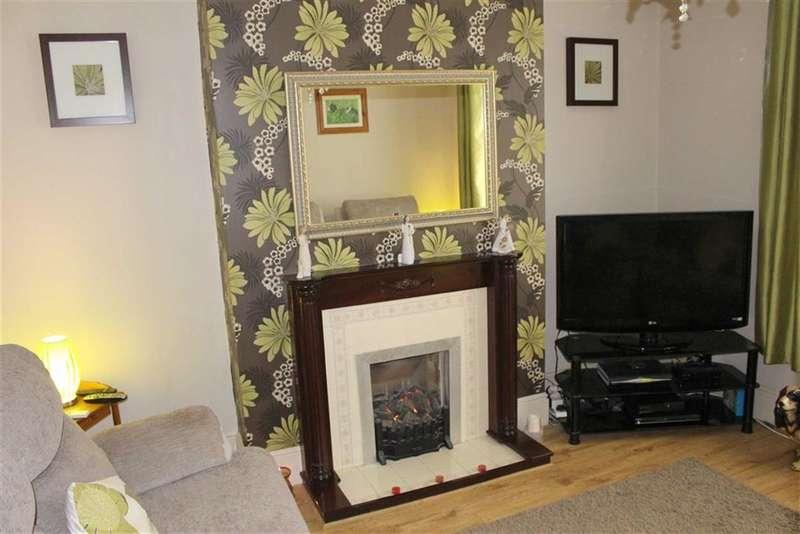 3 Bedrooms Property for sale in Dewsland Street, Milford Haven