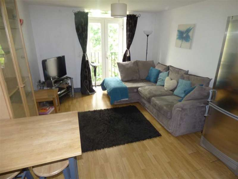 1 Bedroom Property for sale in 3a New Hey Road, Marsh, HUDDERSFIELD, West Yorkshire, HD3