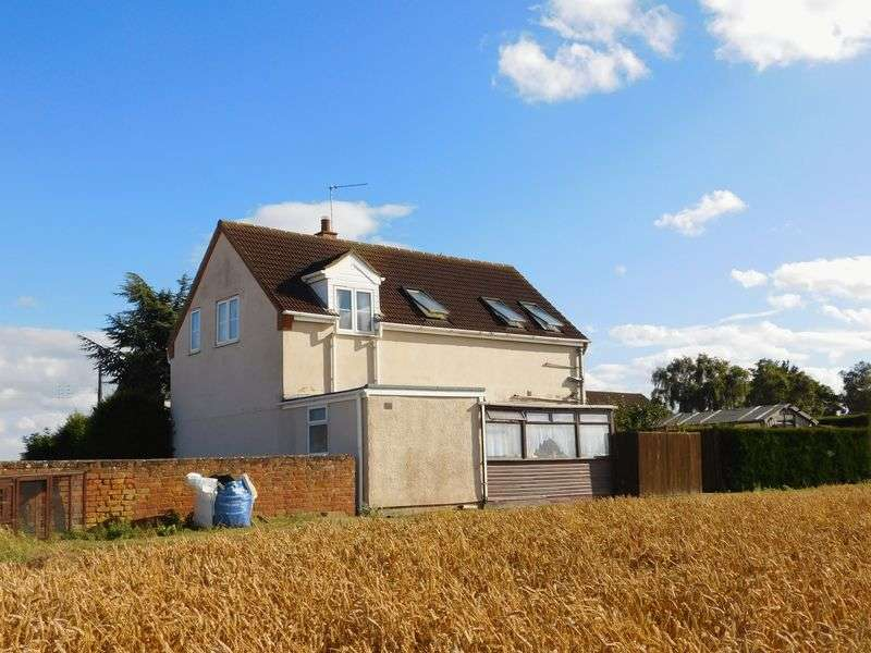 3 Bedrooms Detached House for sale in Main Road, Deeping St Nicholas