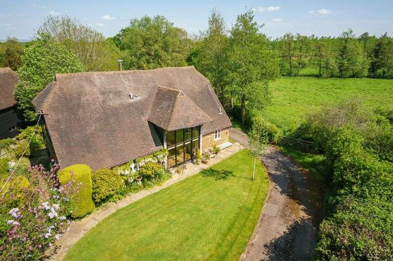 4 Bedrooms Detached House for sale in Upper Postern Barn, Postern Lane, Tudeley