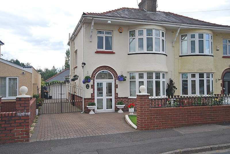 3 Bedrooms Semi Detached House for sale in Hove Avenue, Newport, South Wales. NP19 7QP