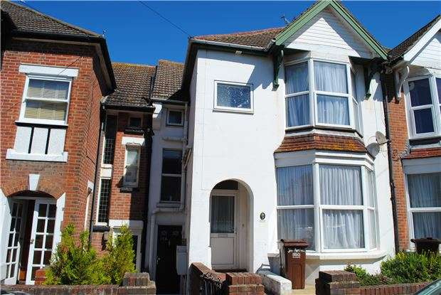 3 Bedrooms Maisonette Flat for sale in Parkhurst Road, BEXHILL-ON-SEA, East Sussex, TN40 1DE