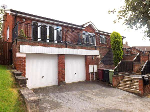 3 Bedrooms Detached House for sale in Harlesbrook Lodge, 28A Station Road, Clowne, Chesterfield