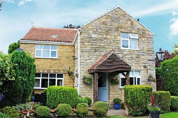 4 Bedrooms Detached House for sale in Capps Lane, Waddington, Lincoln