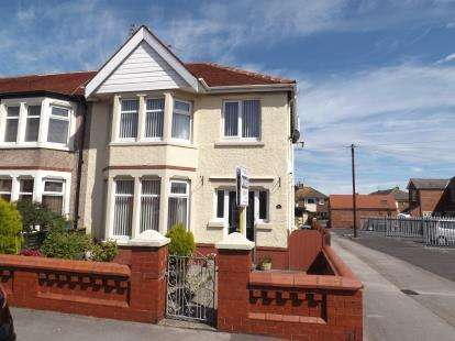 3 Bedrooms Semi Detached House for sale in Coniston Avenue, Fleetwood, Lancashire, ., FY7