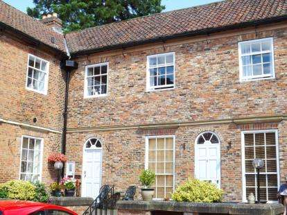 1 Bedroom Flat for sale in Stansfield Court, Church Lane, Goldsborough