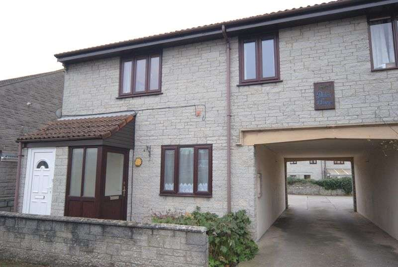 2 Bedrooms Flat for sale in Behind Berry, Somerton