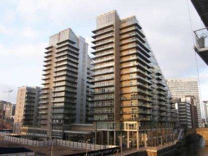 2 Bedrooms Flat for sale in The Edge, Clowes Street, Salford, Greater Manchester