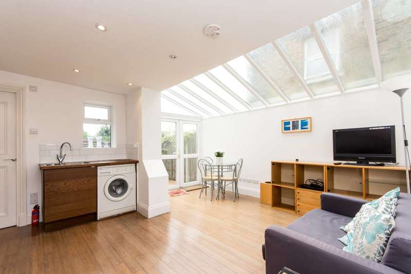 2 Bedrooms Flat for sale in Waldo Road, Kensal Green, NW10