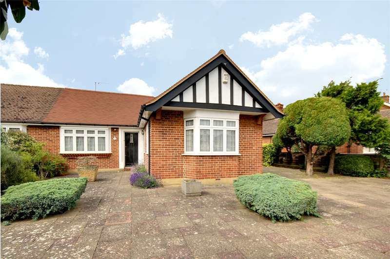 3 Bedrooms Semi Detached Bungalow for sale in Spring Avenue, Egham, TW20