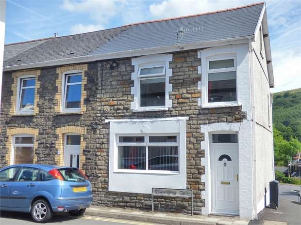 4 Bedrooms End Of Terrace House for sale in Alexandra Place, Newbridge, Newport, Caerphilly