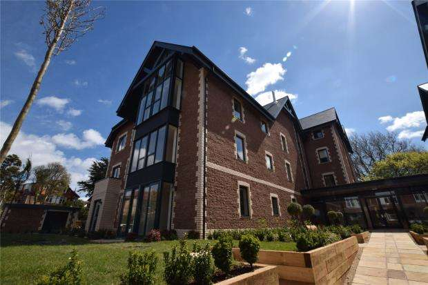 1 Bedroom Flat for sale in Fleur de Lis, Courtland Road, Paignton, Devon