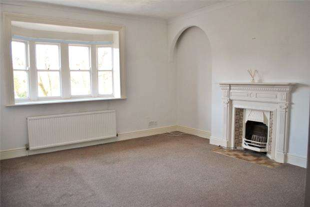 2 Bedrooms Flat for sale in Alexandra Road, Penzance, Cornwall