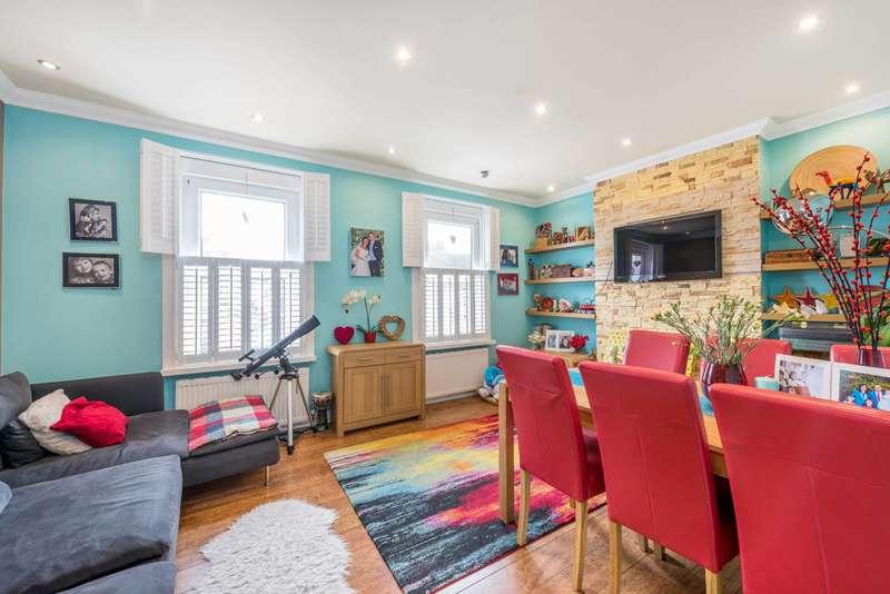2 Bedrooms Maisonette Flat for sale in Lower Boston Road, Hanwell, W7