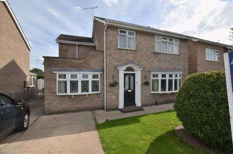 4 Bedrooms Detached House for sale in Valley View Drive, Bottesford, Scunthorpe
