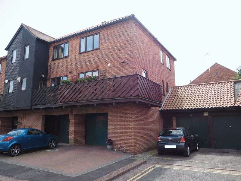 2 Bedrooms Semi Detached House for sale in Tannery Wharf, Newark