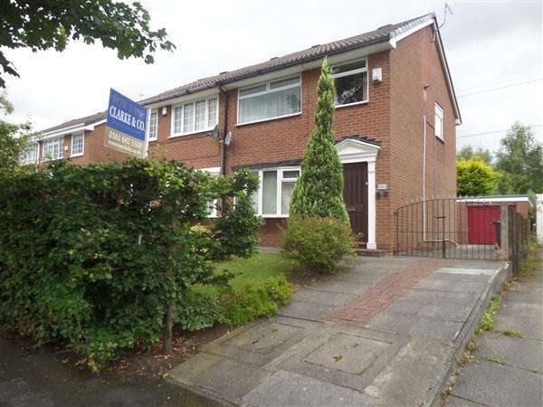 3 Bedrooms Semi Detached House for sale in The Fairway, Manchester