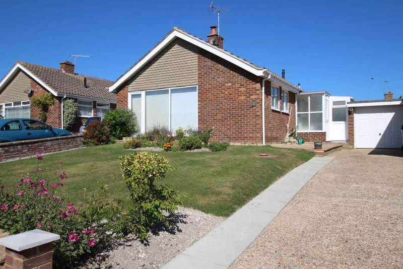 2 Bedrooms Detached Bungalow for sale in Pococks Road, Eastbourne, BN21 2RR