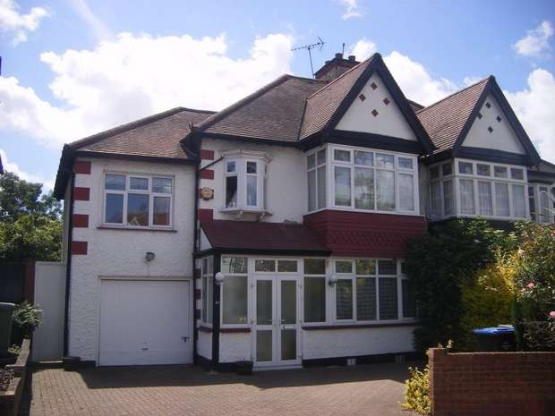 4 Bedrooms Semi Detached House for sale in Clarendon Gardens, WEMBLEY