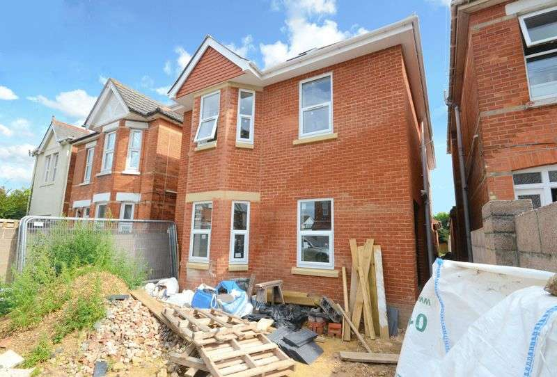 1 Bedroom Flat for sale in Edgehill Road, Bournemouth