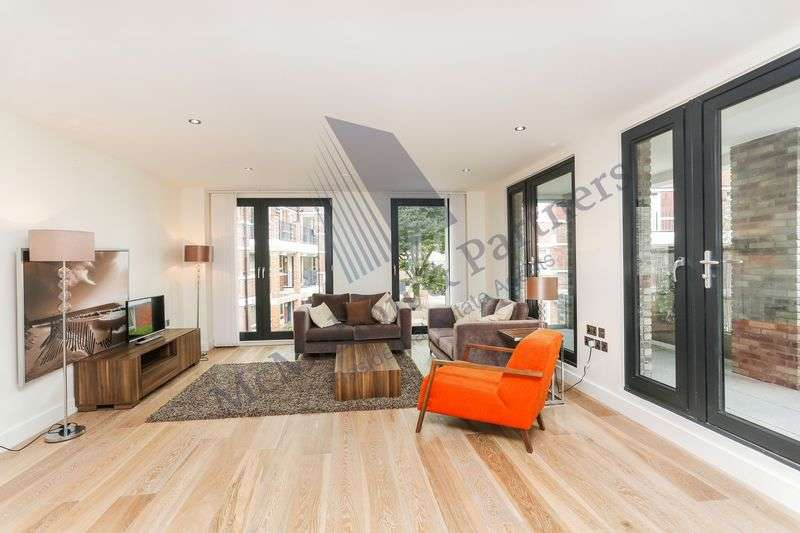 3 Bedrooms Flat for sale in Rothsay Street, London