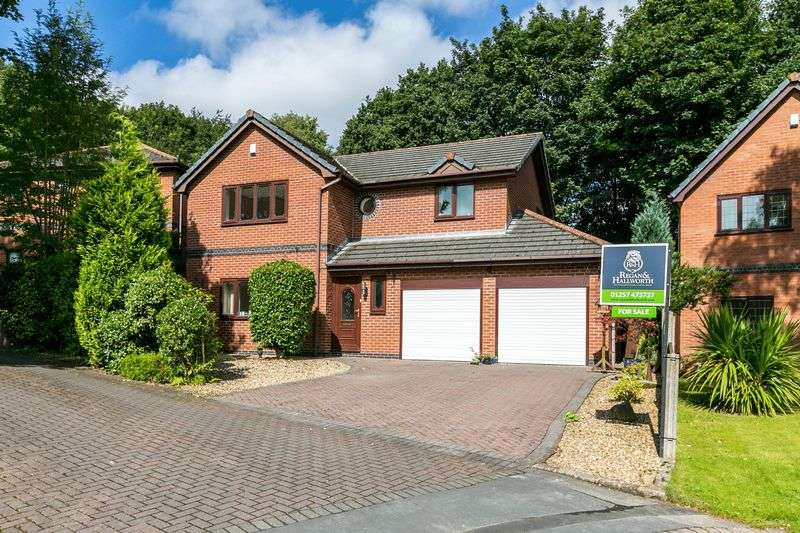 5 Bedrooms Detached House for sale in Trescott Mews, Standish, WN6 0AW