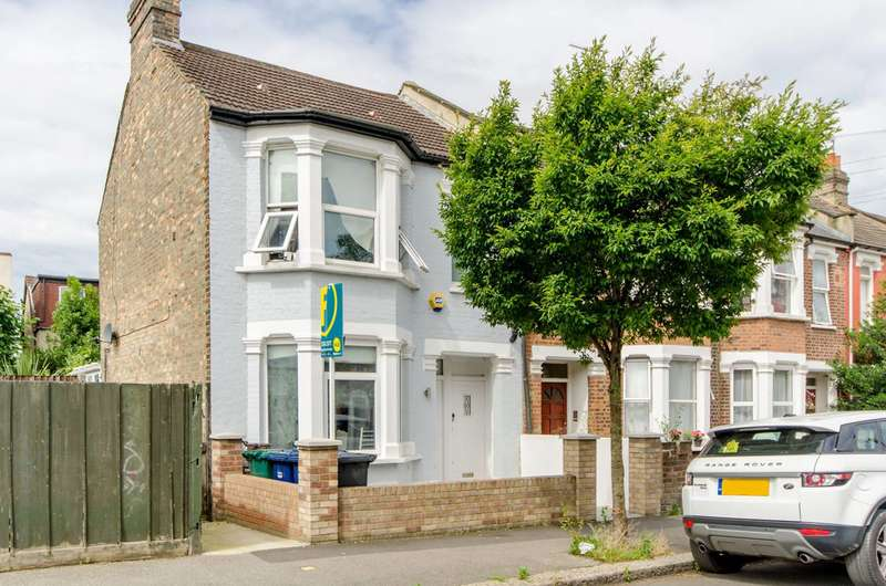 2 Bedrooms Flat for sale in Oak Grove, Cricklewood, NW2