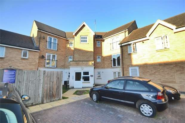 2 Bedrooms Flat for sale in Pettacre Close, London