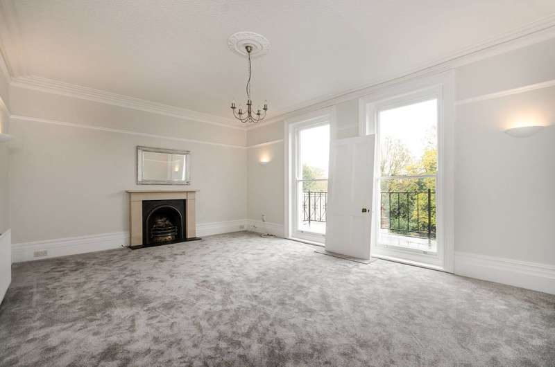 4 Bedrooms Flat for sale in Blakeney Road, Beckenham, BR3