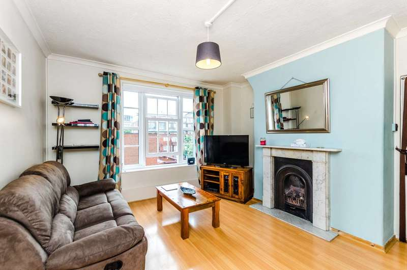 1 Bedroom Flat for sale in Phoenix Road, Somers Town, NW1